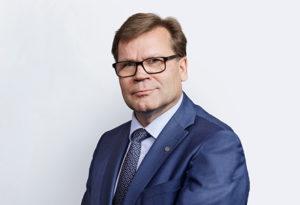 Kansanmaskeja myyvän Keskon jääjohtaja Helander
